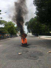 Journée de mobilisation : Les parages du palais en flamme