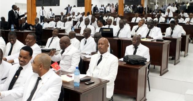 Non-tenue de séance à la chambre basse depuis 2 mois, des députés dénoncent