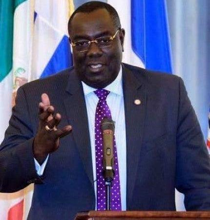 PetroCaribe : Jovenel Moïse rejette le rapport de la CSCCA, Bocchit Edmond se fait l'avocat de son «chef»