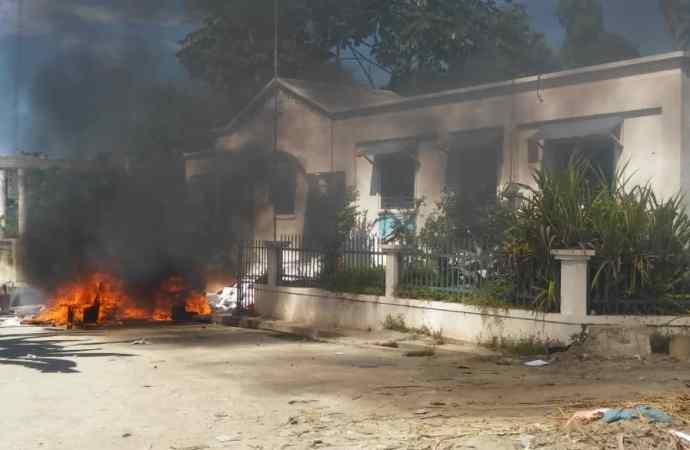 Justice : une dizaine de tribunaux pillés ou incendiés à travers le pays
