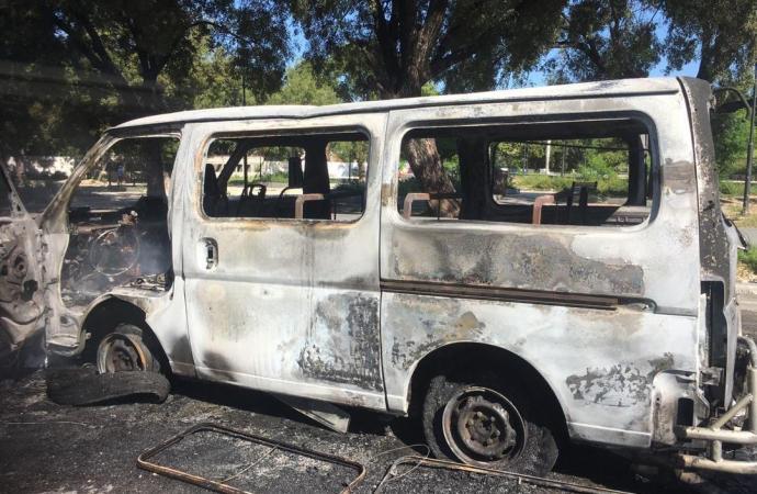 Libération des 3 jeunes accusés dans l'incendie du bus au Champs-de-mars
