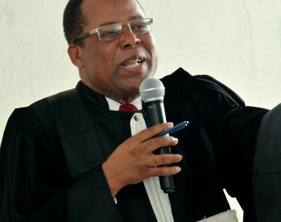 """Caducité du Parlement : """"les sénateurs n'ont aucun recours"""", dixit Samuel Madistin"""