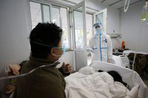 Coronavirus: plus de 1500morts, premier décès en Europe