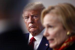 Les deux prochaines semaines seront «très très douloureuses», prévient Trump