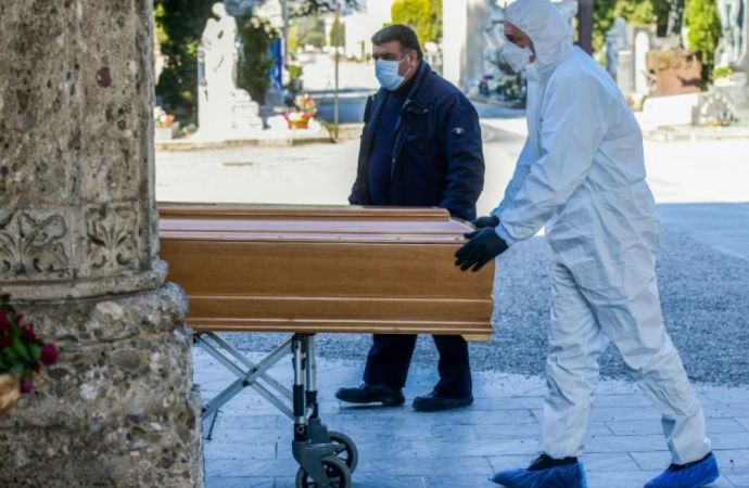 Covid-19 : l'Italie franchit la barre des 10 000 morts