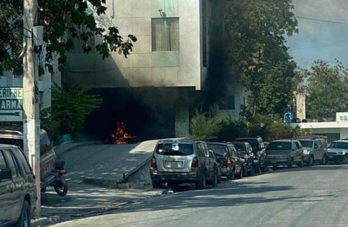 Des pneus enflammés à l'entrée de l'OFATMA