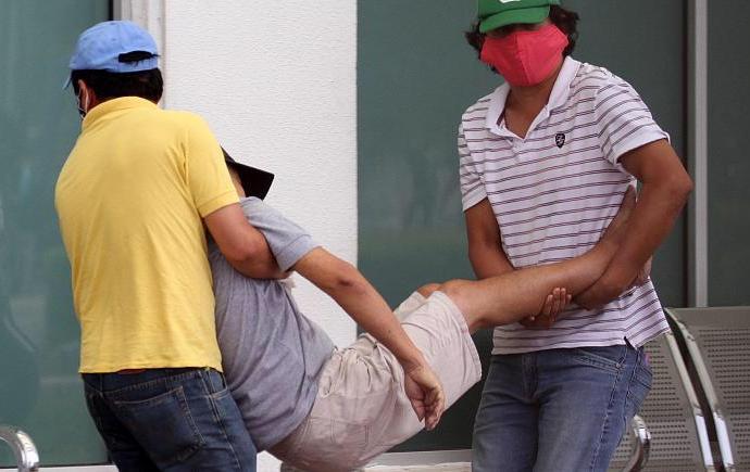 Covid-19:  En Equateur, le difficile ramassage des cadavres dans les rues de Guayaquil