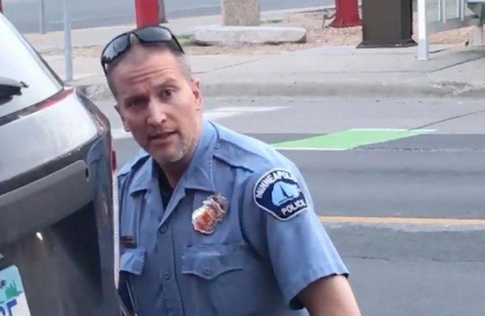 Affaire Floyd: Le policier Derek Chauvin faisait l'objet de plus de 15 plaintes internes pour violences
