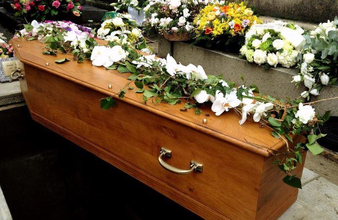 Dorénavant tout décès doit-être lié à la covid-19