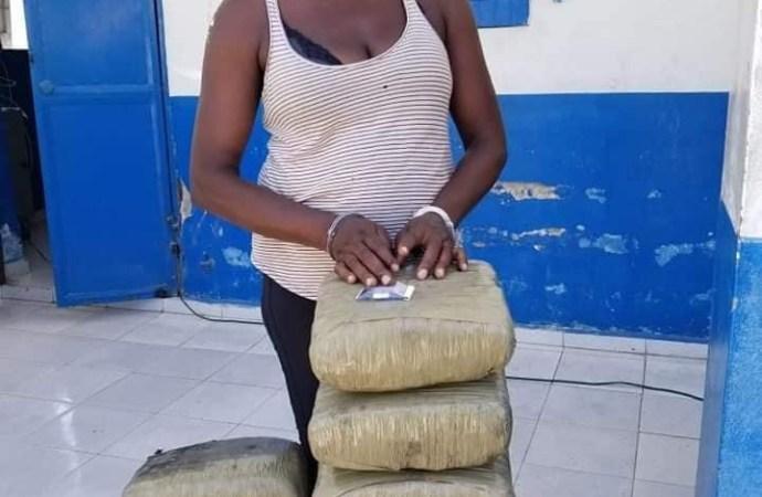 Cayes-Trafics stupéfiants : deux individus appréhendés par la PNH