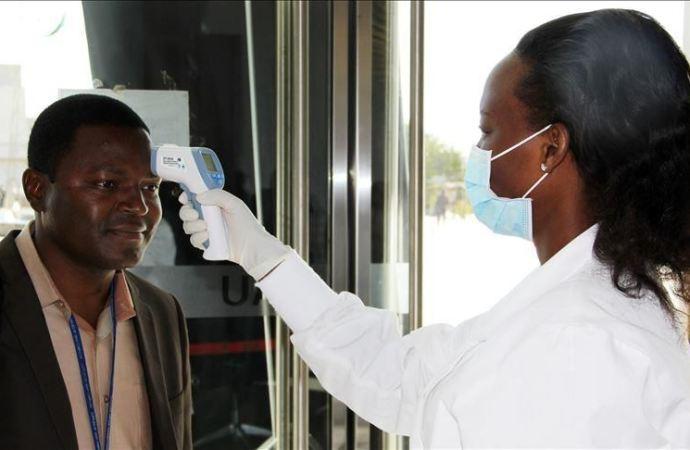 Coronavirus : 4309 personnes infectées, 73 décès