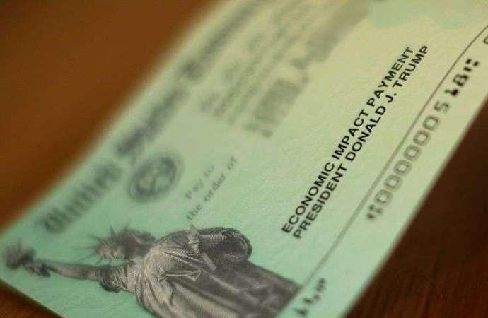 Covid-19: plus d'un million de chèques de relance envoyés par erreur à des Américains décédés – La République des Pyrénées