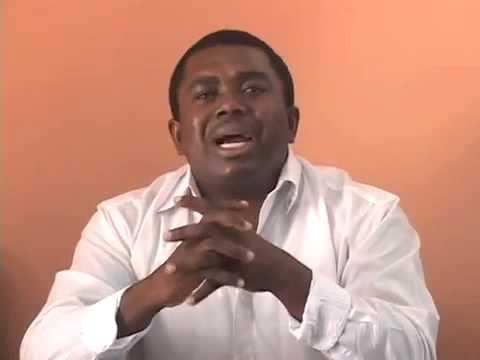Le passeport d'André Michel confisqué par les responsables de l'Immigration