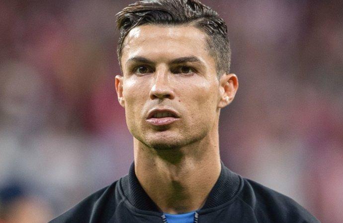 Covid 19 : Cristiano Ronaldo testé positif