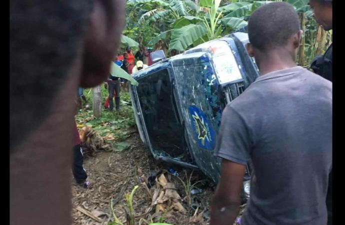 Une voiture du cortège de la Première Dame victime d'un accident de la circulation