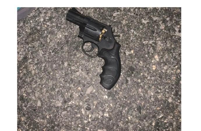 9 présumés bandits arrêtés à Pétion-Ville, 2 armes à feu et des munitions saisies