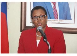 La ministre Nicole Yolette Altidor renvoyée du gouvernement