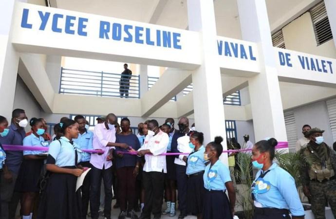Éducation : Inauguration du Lycée National Roseline Vaval par le président Jovenel Moïse