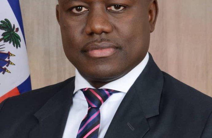Frantz Exantus nouveau secrétaire d'État à la communication
