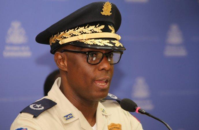 Echec de l'opération policière à Village de Dieu, l'inspecteur général Carl-Henry Boucher mis en isolement