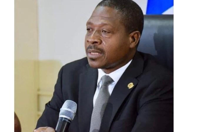 """Plus de 250 partis politiques enregistrés et reconnus par le MJSP, """"eleskyon tèt dwat"""", clame Rockfeller Vincent"""