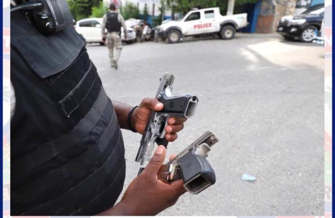 Deux armes à feu saisies, des véhicules et des motos confisqués, un individu interpellé par la police