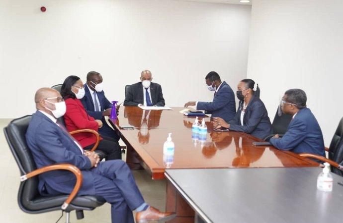 Visite de courtoisie du Premier ministre Ariel Henry à la CSC/CA