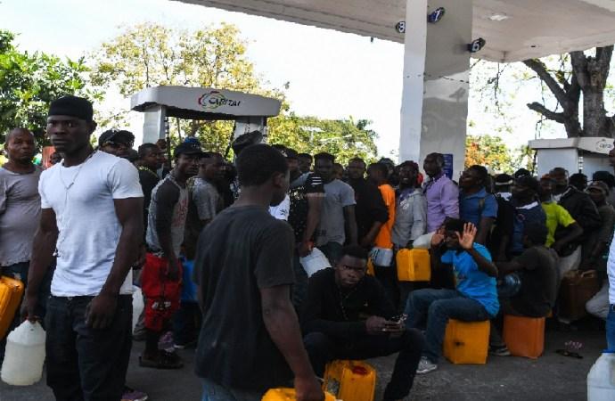 Vente illicite de produits pétroliers: Le Parquet invite la police à sévir contre les contrevenants