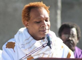 Culture : Erol Josué dénonce la mendicité devenue « mode de vie » en Haïti
