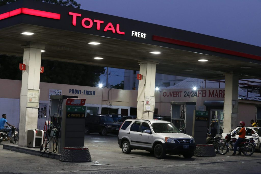 Big turn in the oil market and small shortage of gasoline in Haiti