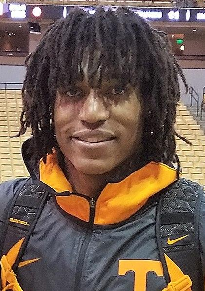 Tennessee's Yves Pons Opts Out Of NBA Draft