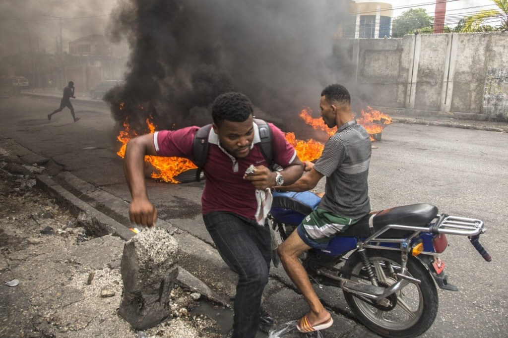 As Haiti burns, government adds kindling or turns blind eye