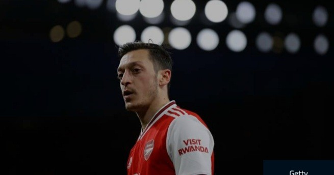 Three managers haven't backed Ozil, are they all wrong?' – Carragher denies Arsenal need midfielder
