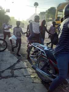"""With the country's decline and rise of gangs, """"Ayisyen mele"""""""