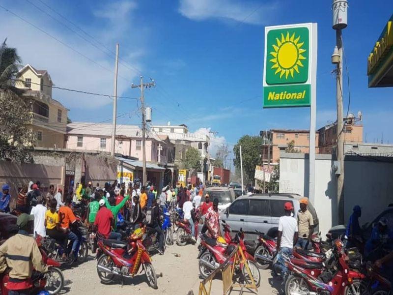 port-de-paix gas station