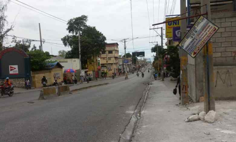 Haïti-Crise : Port-au-Prince, un lundi gras aux activités squelettiques 1