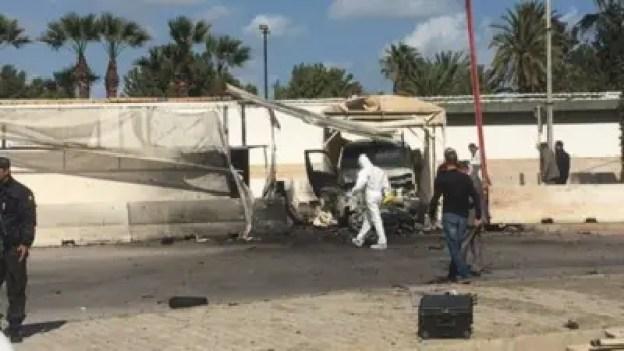 International -Tunisie : 3 morts et 6 blessés dans une attaque kamikaze contre l'ambassade américaine à Tunis 2