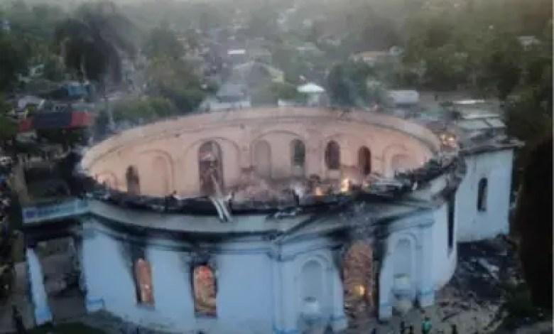Drame à Milot: un Incendie a ravagé une partie de l'Église Immaculée Conception 1