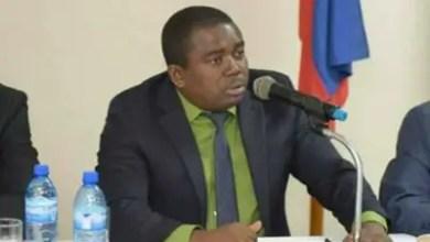 Photo de André Michel recadre le ministre de la Justice Lucmane Delille