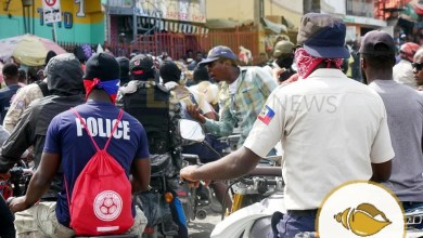 Photo de Panique au niveau du Commissariat de Pétion-Ville