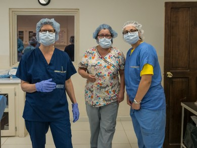 Patti, Aileen and Heather in the OR