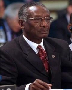 Le lieutenant général retraité des Forces armées d'Haïti Herard Habraham brise la glace 1