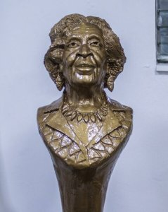 Culture : hommage à la centenaire Odette Roy Fombrun 1