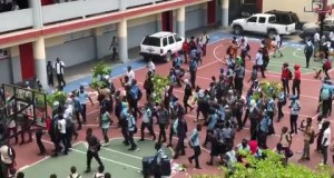 Port-au-Prince : protestation d'élèves d'institutions publiques pour réclamer la reprise des cours