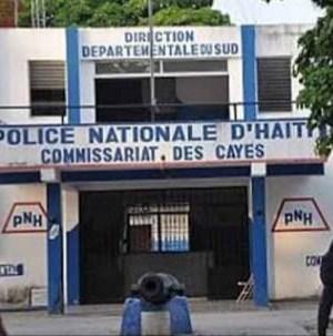 Cayes (Sud) : arrestation de plus d'une douzaine d'individus après une opération policière