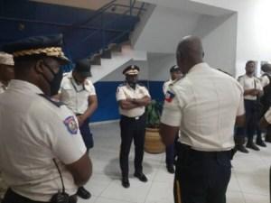 Nord : jets de pierres contre le cortège du directeur général de la police à Cap-Haïtien
