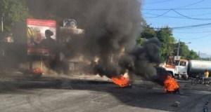 Protestation des chauffeurs de camionnette à Delmas 33