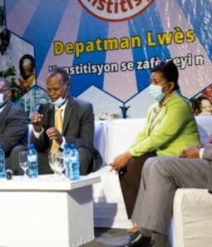 Avant-projet de nouvelle constitution : dialogue du Comité consultatif indépendant avec des leaders communautaires
