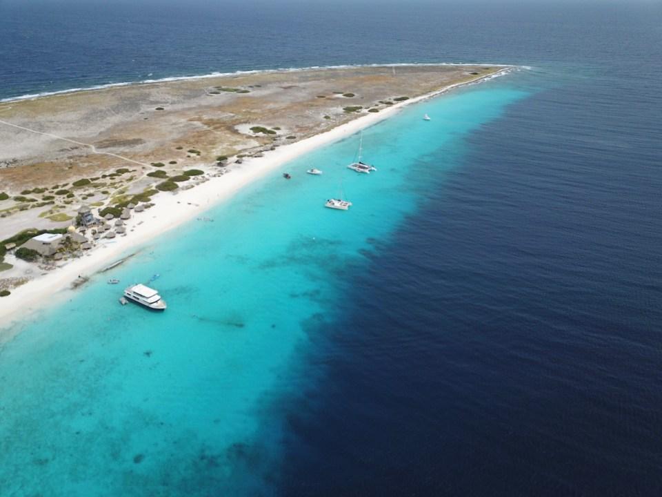 Curaçao vista de cima. imagem incrível de drone