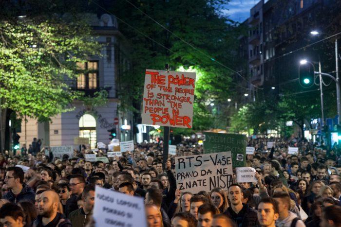 manifestation contre vucic president belgrade serbie 2